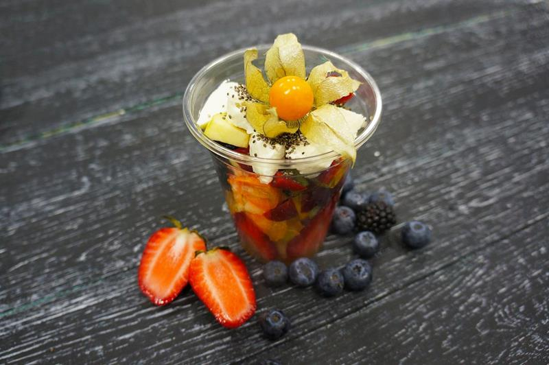 Адыгейский салат с фруктами